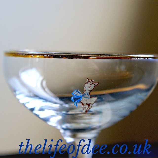 How to date babycham glasses