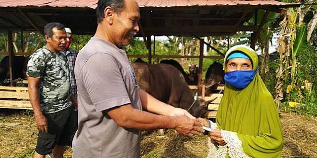 Fakta Nenek Penyapu Jalan Kurban Sapi dan Kambing, Menabung 15 Tahun dan Kumpulkan Rp 22,7 Juta