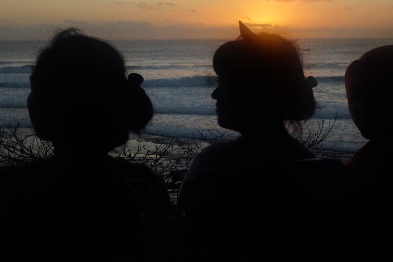 sunset in bluepoint beach
