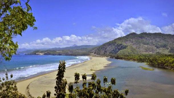 Eksotisme pantai soge di Pacitan, Jawa timur.