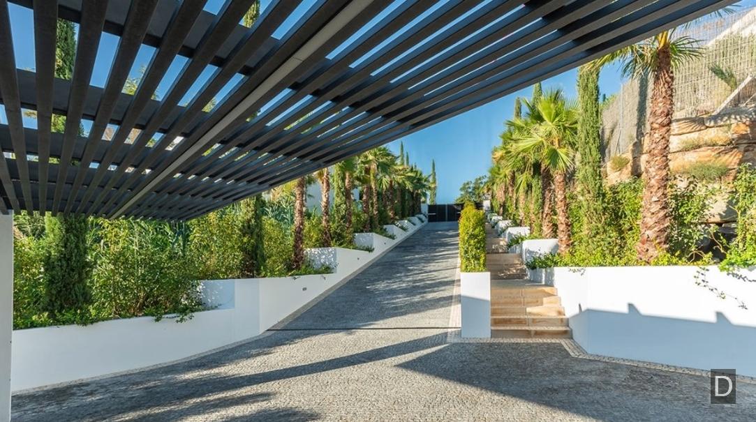 19 Interior Design Photos vs. Newly Built Los Flamingos Golf, Marbella Luxury Villa Tour