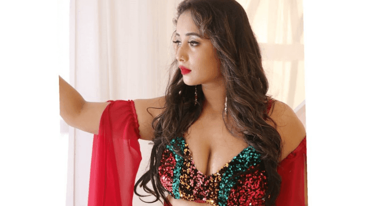 Rani Chatterjee Releases Her Super Hot Pic And Fans Can't Get Over It