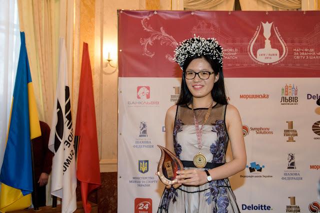 Hou Yifan Campeona Mundial de Ajedrez