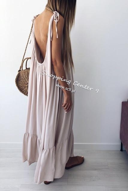 trendy sukienki gleboki dekolt na plecach