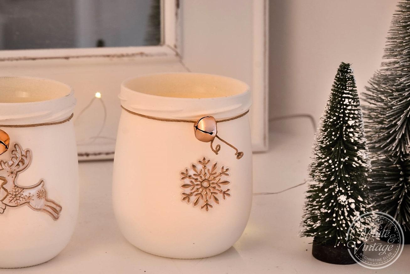 DIY-Geschenkidee: Selbstgemachte Windlichter aus Marmeladengläsern.