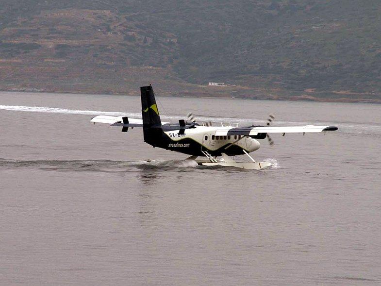 Μικρές πιλοτικές πτήσεις για τα υδροπλάνα από το επόμενο φθινόπωρο