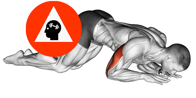 exercice musculation triceps extension sol