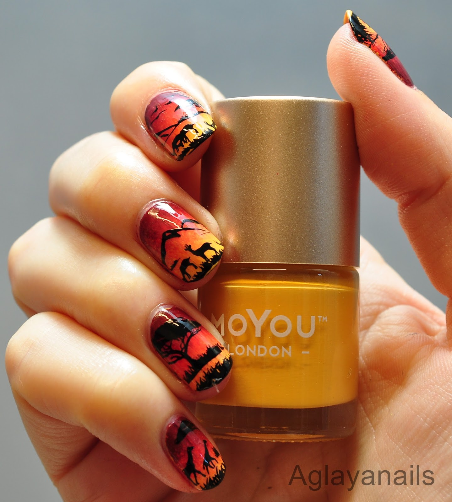 26 Great Nail Art Ideas Beach Or Animal Silhouettes By Aglayanails