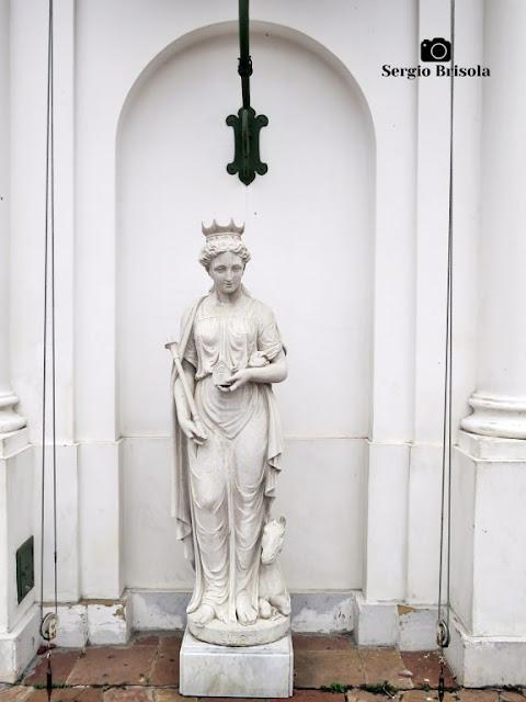 Close-up da Escultura Europa - Museu da Casa Brasileira - São Paulo