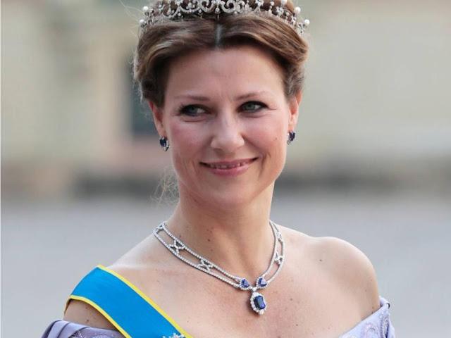 Putri Martha Louis