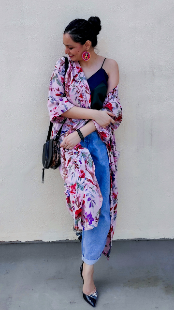 kimono robe, baggy jeans, spagetti top, the label life, styling over buying