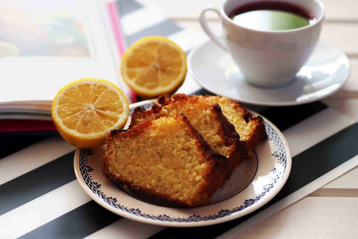 lemon drizzle loaf by Tanya Burr