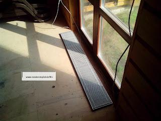 Установка напольного радиатора под мансардные окна