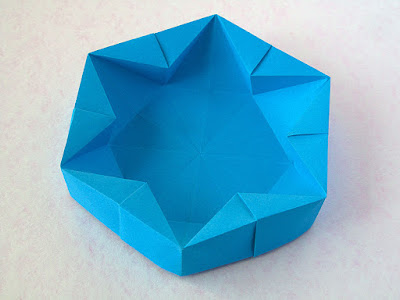 foto 2 Origami Hexagonal Box by Francesco Guarnieri