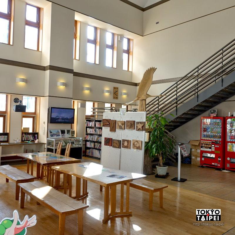 【阿寒湖Marimu館】溫泉街上的遊客中心 提供豐富旅遊資源