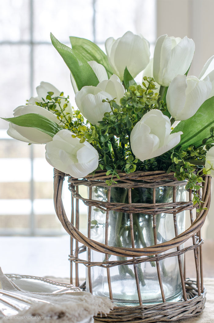 You don't have to purchase fresh flowers to have a beautiful arrangement on the table.  Learn the secrets behind creating a realistic flower arrangement out of fake flowers from the craft store.  #flowerarranging #DIY #flowers #andersonandgrant