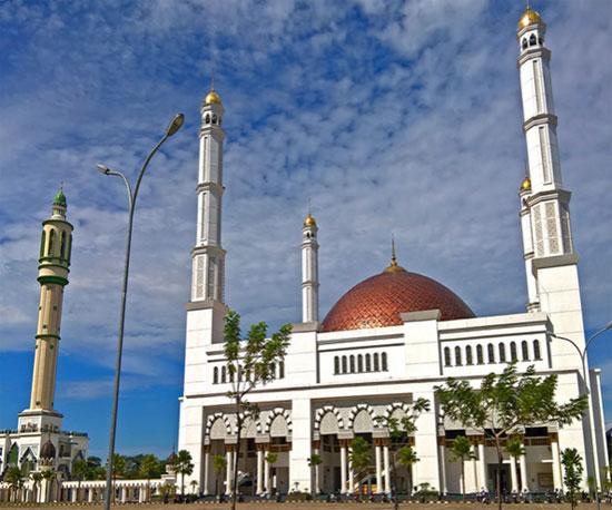 Masjid Raya Mujahidin Pontianak. Photo courtesy STQNXXV 2019 Pontianak