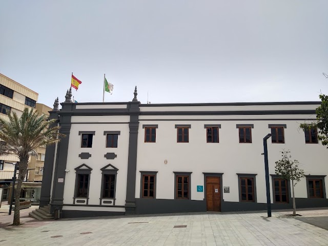 trabajadores del Cabildo de Fuerteventura acuerdan donar a damnificados de La Palma la partida para actividades socioculturales