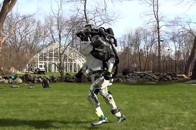 The jogging humanoid robot video that is 'terrifying' the Internet