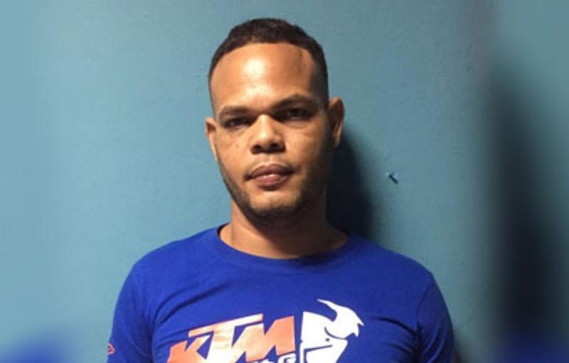 Apresan acusado de participar en asesinato de un hombre en Tenares