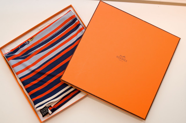 jak rozpoznać oryginalną apaszkę firmy Hermès