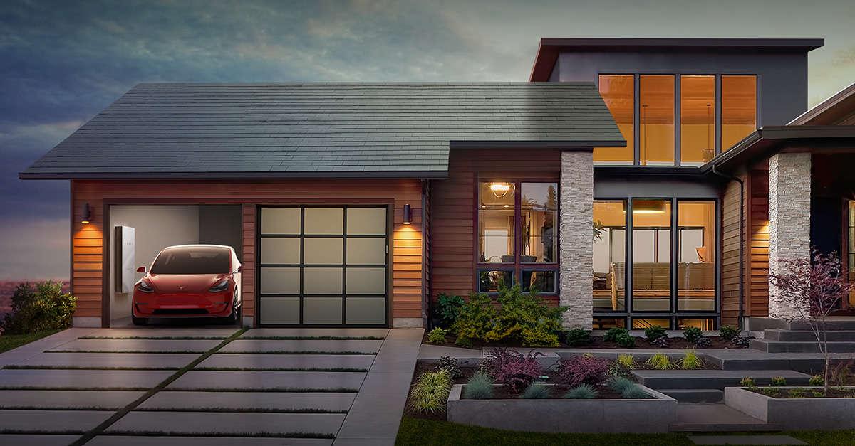 ألواح Tesla للطاقة الشمسية تتسبب في إشتعال النيران في أحد مستودعات شركة أمازون