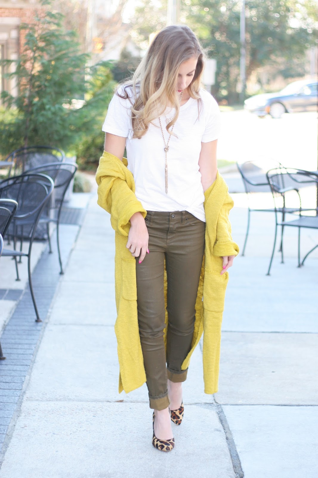 How-to-style-a-chunky-long-cardigan-sweater