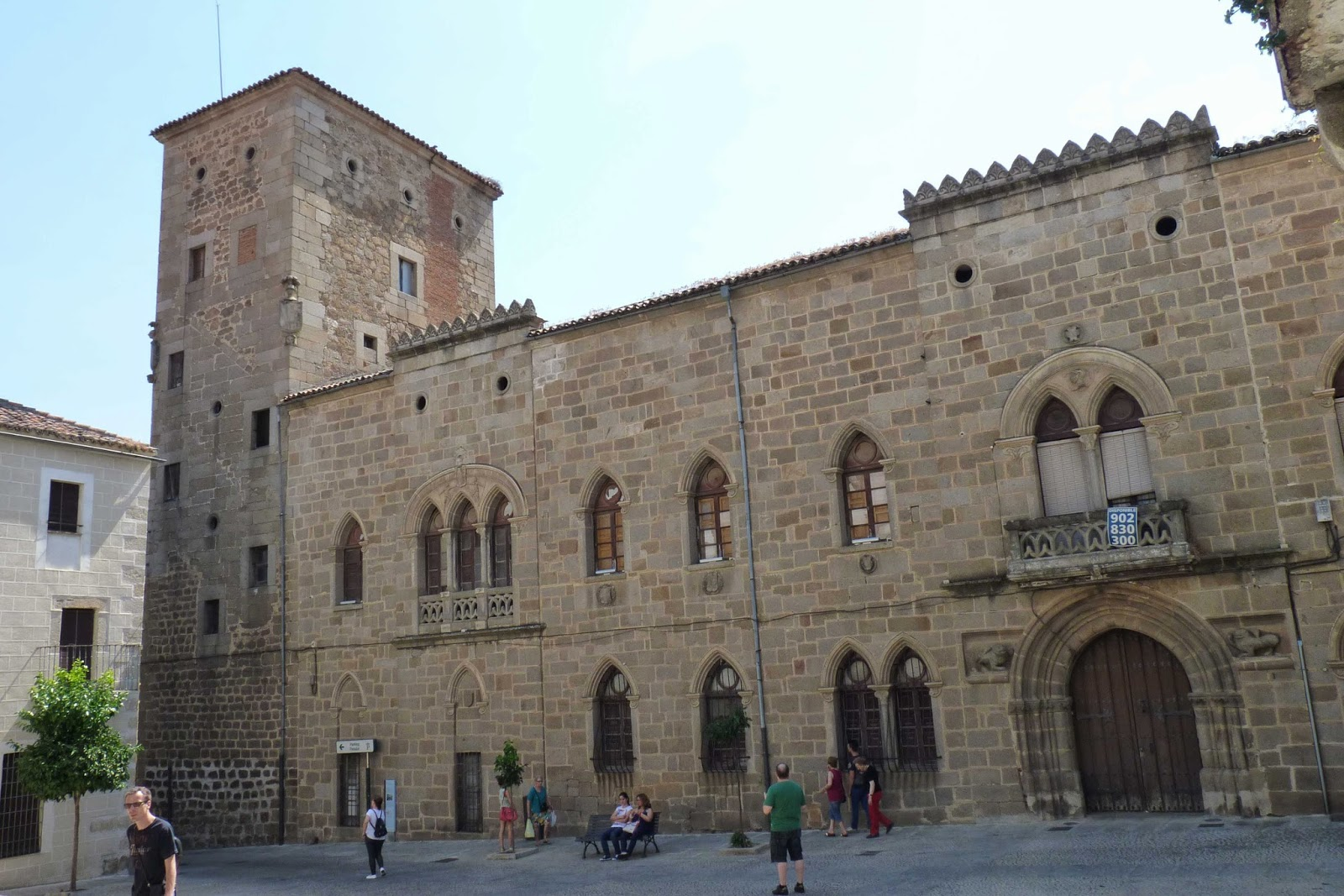 Plasencia, Casa-Palacio de los Monroy.