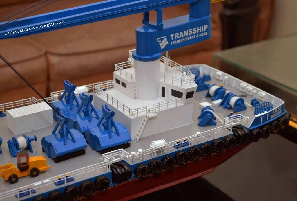 harga miniatur kapal atlas double crane ship transship
