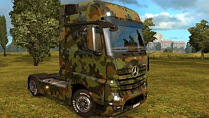 Army Mercedes MP4