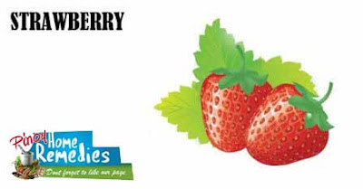 Home Remedies For Puffy Eyes: Strawberry