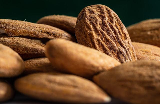 Kacang Almond Kesehatan