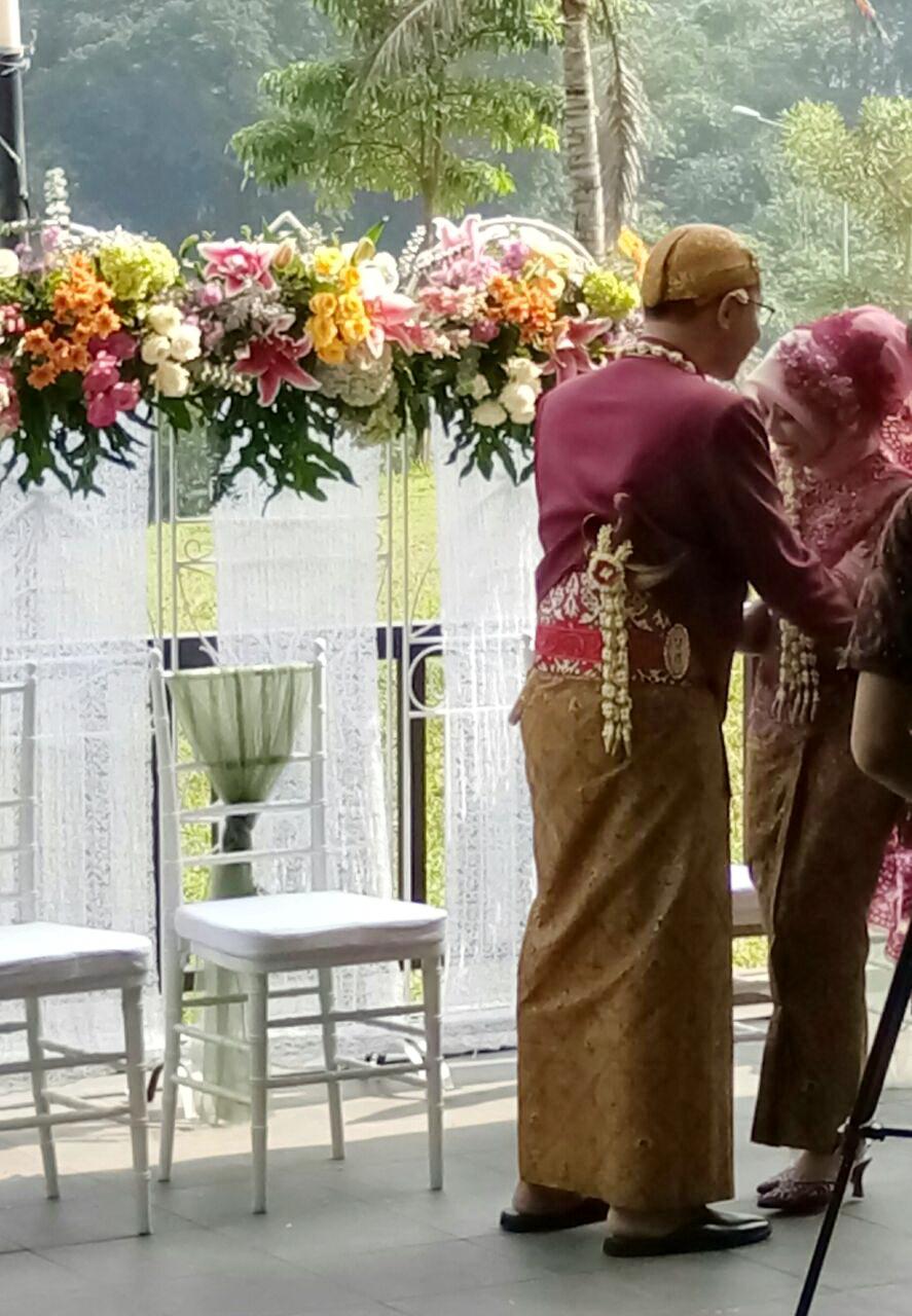 Merancang Sendiri Dekorasi Untuk Pernikahan Dan Perkiraan