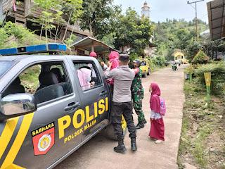 Demi Pendisiplinan Masyarakat Dalam Mematuhi Protokol Kesehatan, Personel Polsek Malua Bersam TNI Terus Gencar Laksanakan Operasi Yustisi