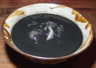 イカスミ汁