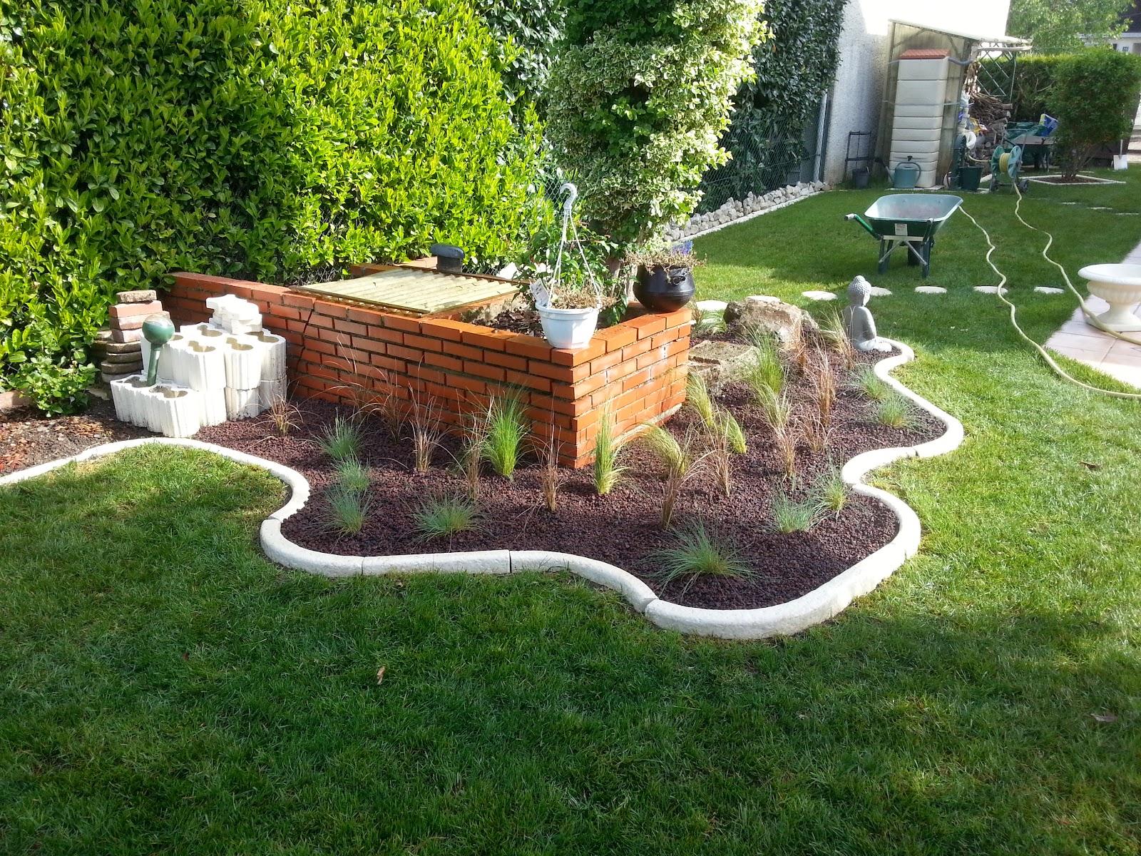 gd paysage massif de gramin es festuca glauca carex buchananii stipa tenuifolia. Black Bedroom Furniture Sets. Home Design Ideas