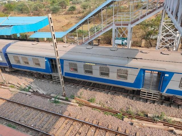 कई स्पेशल लोकल ट्रेन पैसेंजर 31 मई तक के लिए रद्द