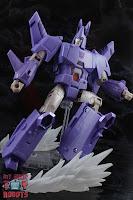 Transformers Kingdom Cyclonus 17