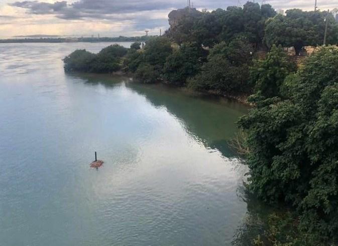 Prainha da Ilha do Fogo desaparece com cheia do rio São Francisco - Portal Spy Noticias