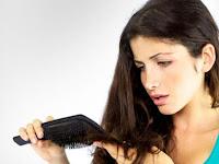 Cara Merawat Rambut Rontok Dengan Bahan Alami