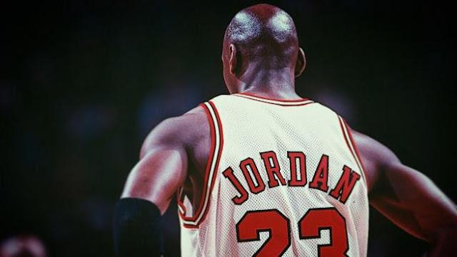 """El """"paso a paso"""" de Michael Jordan"""