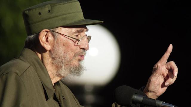 Las FARC homenajean a Fidel Castro con su acuerdo de paz