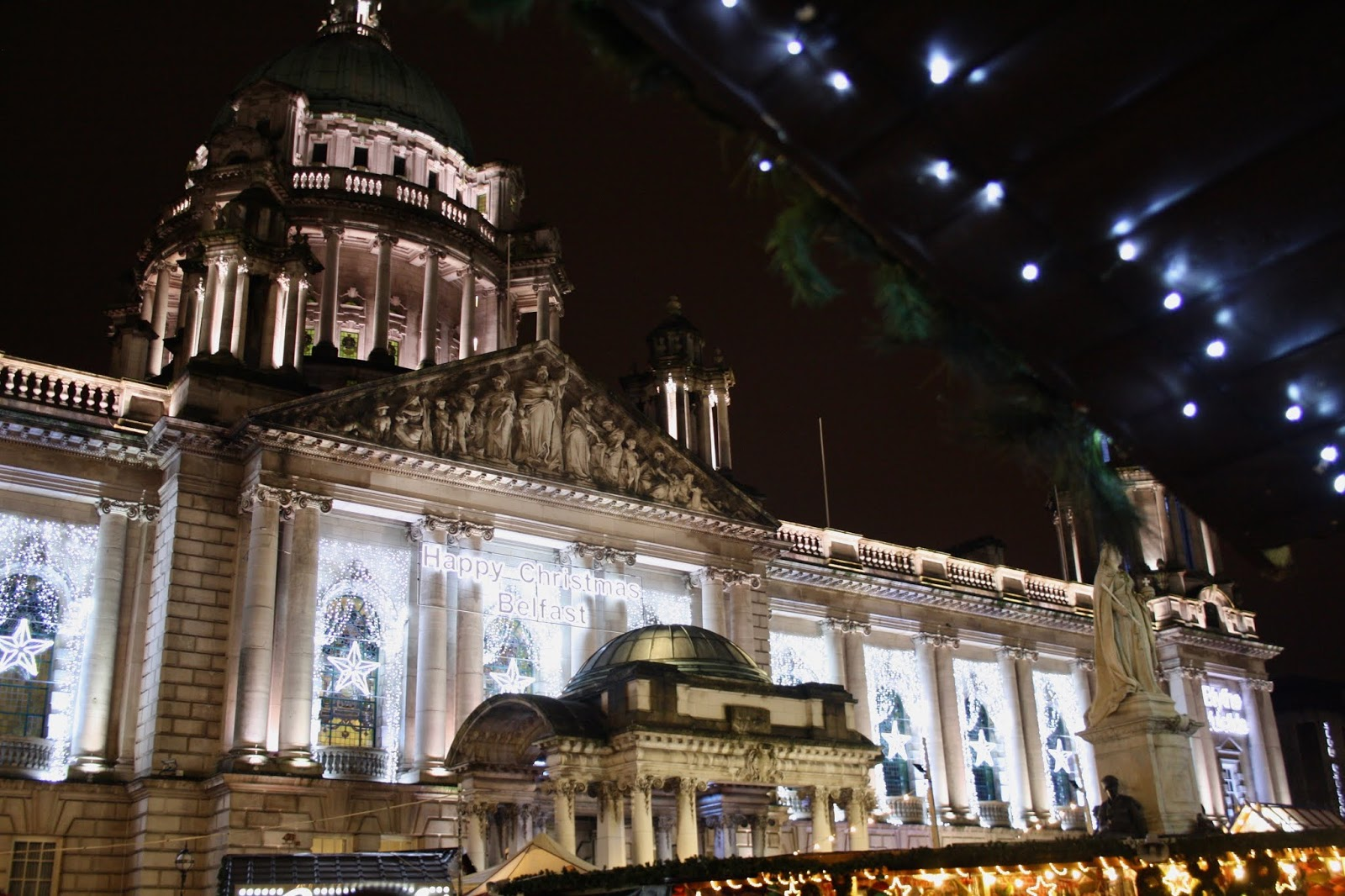 Belfast city hall Christmas markets