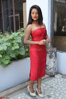 Mamatha sizzles in red Gown at Katrina Karina Madhyalo Kamal Haasan movie Launch event 231.JPG