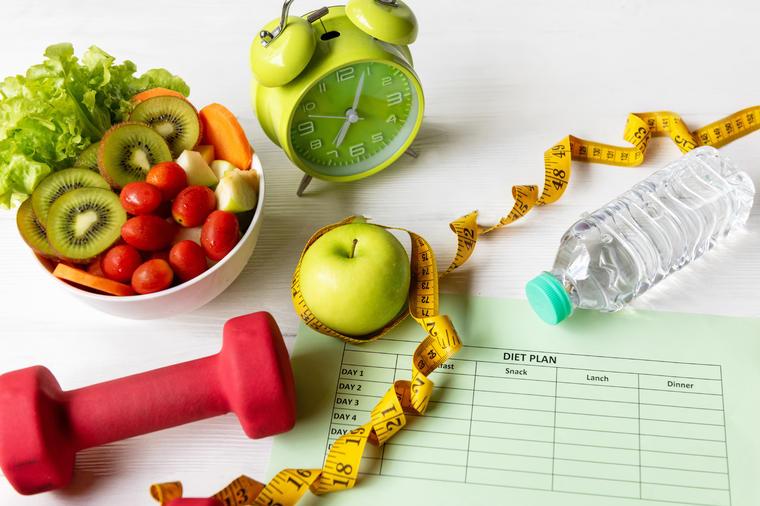 mršavljenje-dijeta-skidanje-kilograma-treniranje-vježbanje-nutricionizam-proteini-pravilna-ishrana-pandemija-koronavirus