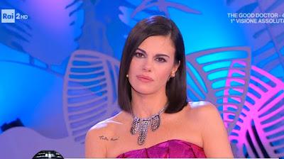 Bianca Guaccero foto seria viso detto Fatto 15 gennaio