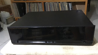 Musical Fidelity Elektra E300 Stereo Power Amplifier (sold) MF%2B1