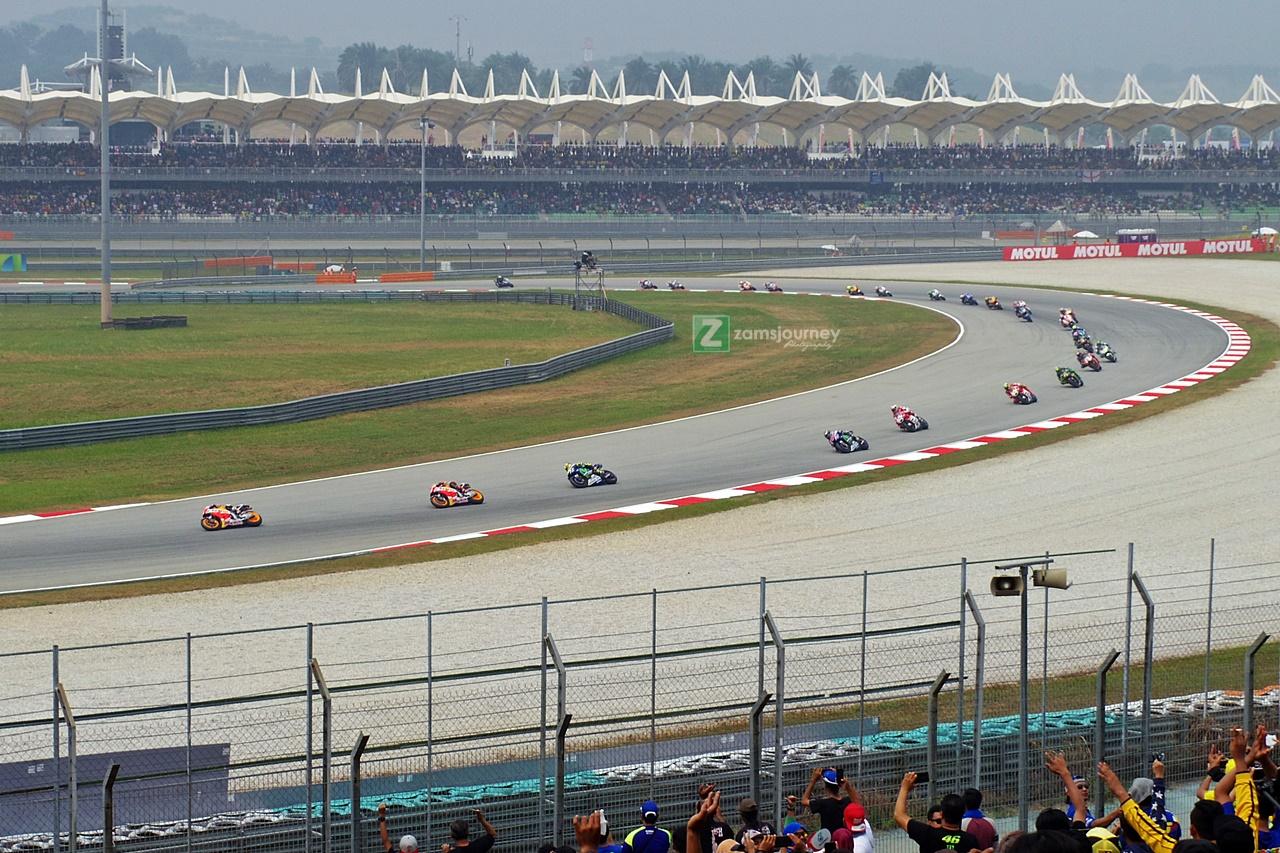 View Sirkuit Sepang Malaysia dari Hillstand C2