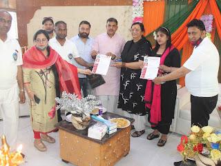 आरडब्लूए एसी नगर ने भाजपा जिलाध्यक्ष गोपाल शर्मा व विधायक सीमा त्रिखा को ज्ञापन सौंपा