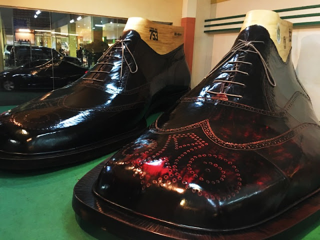 Guinness Largest Pair of Shoes in The World inside Riverbanks Mall Riverbanks Center Marikina City